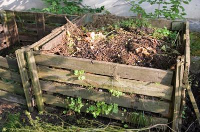 Two Bin Compost System